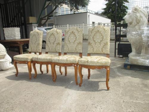 chaises 001.JPG